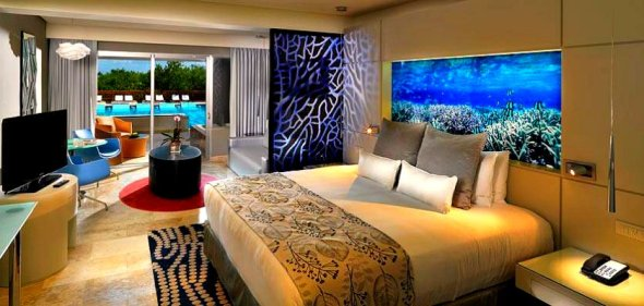 07aparadisusplayadelcarme-laperla-royal-service-luxury-jr-suite-room-swim-upg